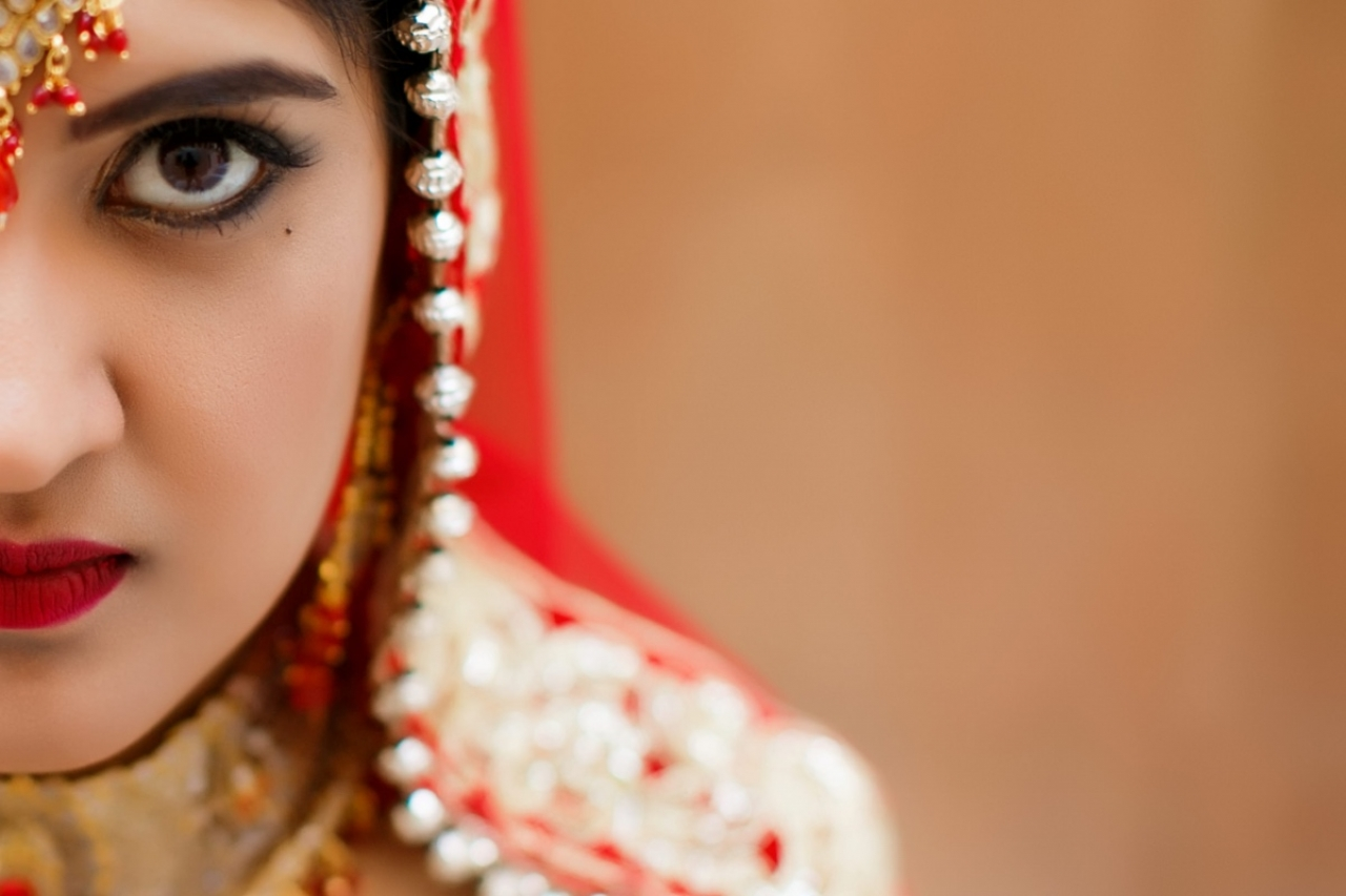 Red = Simplicity, Purity & Candor | Santorini Hindu Wedding @ Rocabella Hotel in Imerovigli